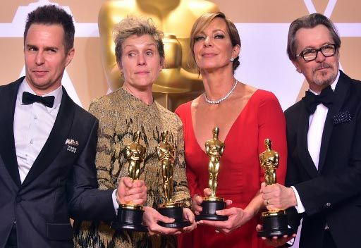 Trump se burla del bajo rating de los Oscars