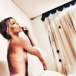 Nicole Neumann topless (4)