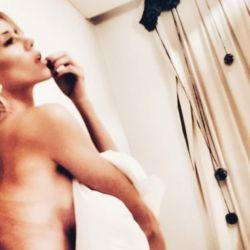 Nicole Neumann topless