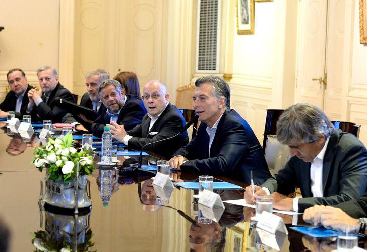Mauricio Macri junto a su gabinete