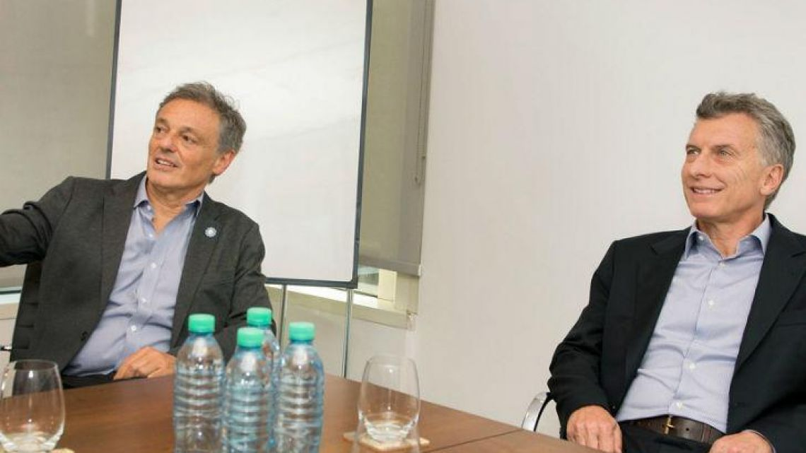 Production Minister Francisco Cabrera and President Mauricio Macri.