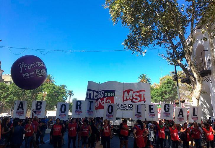 8m-marcha-dia-de-la-mujer-03082018-08
