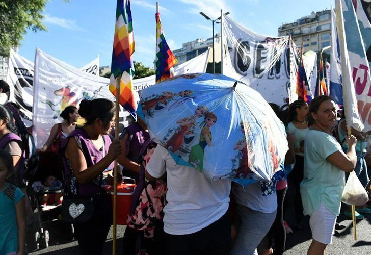 8m-marcha-dia-de-la-mujer-navarro-03082018-59