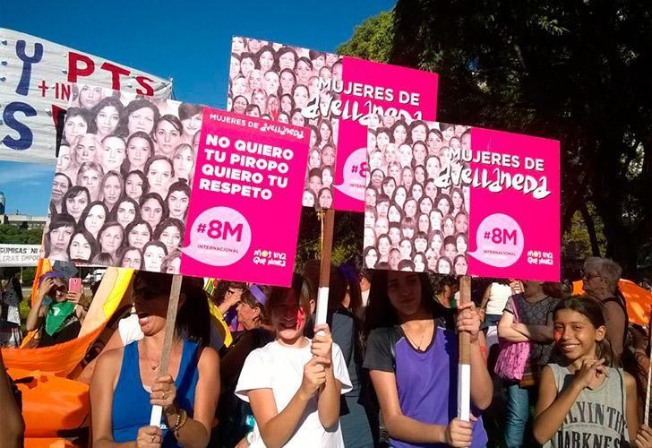 8m-marcha-dia-de-la-mujer-navarro-03082018-67