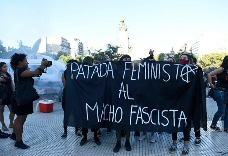 8m-marcha-dia-de-la-mujer-navarro-03082018-70