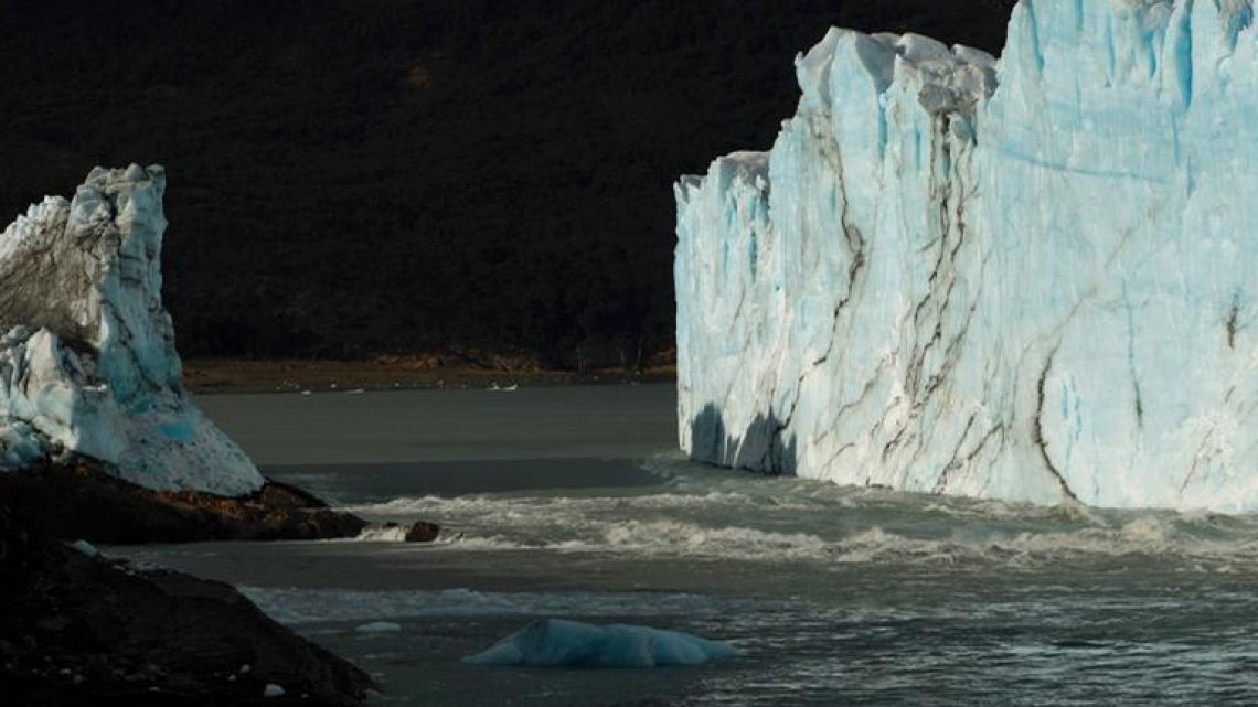 View of the gap left after an arch of ice formed between the Perito Moreno glacier and the shore of Lago Argentino collapsed overnight, at Parque Nacional Los Glaciares near El Calafate, in the province of Santa Cruz, on March 12, 2018.