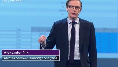 Alexander Nix, el CEO de Cambridge Analytica, la empresa en el centro de la controversia de Facebook