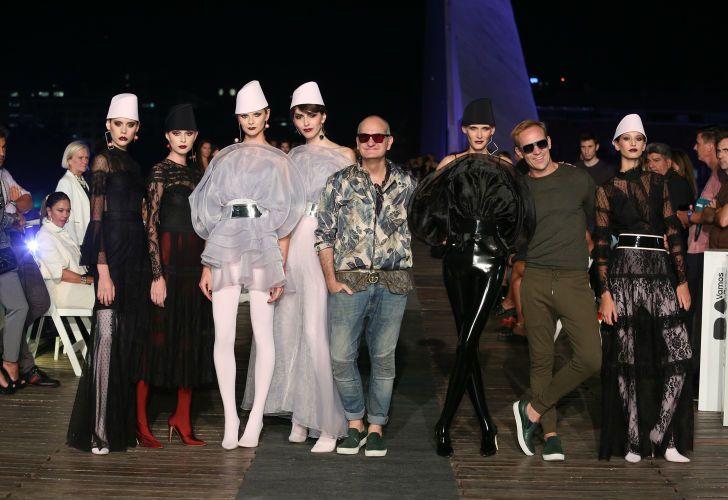 Laurencio Adot cumple 30 años en el mundo de la moda.