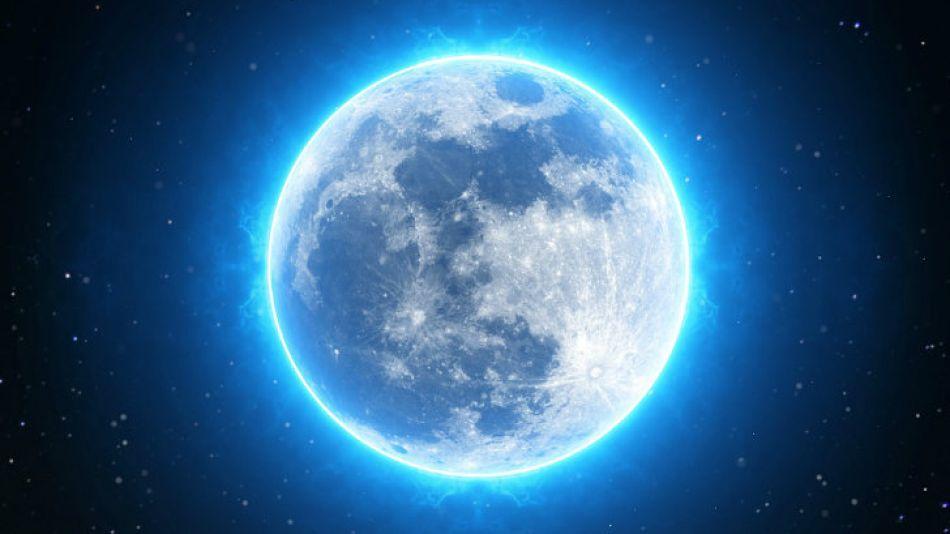 Luna azul 20180331