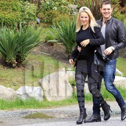 exclusive-michael-buble-and-luisana-lopilato-have-a-glowing-lunch-no-canada