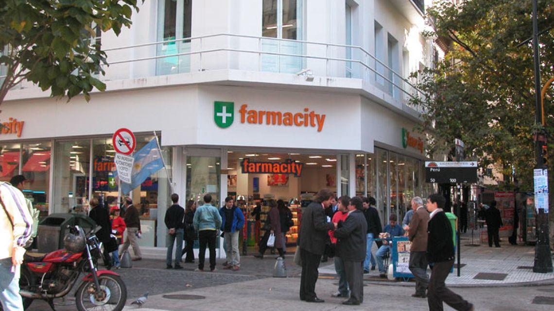 002-farmacity-0