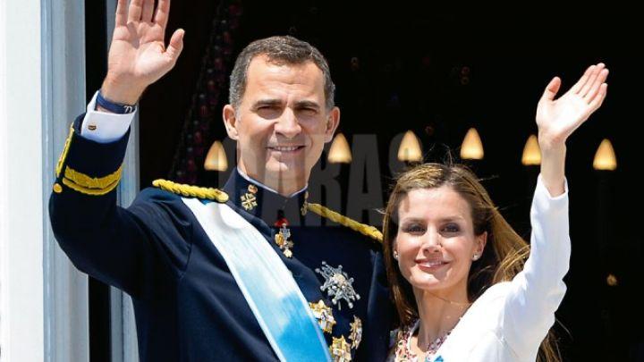 Con un tremendo papelón, llegaron los Reyes de España a la Argentina
