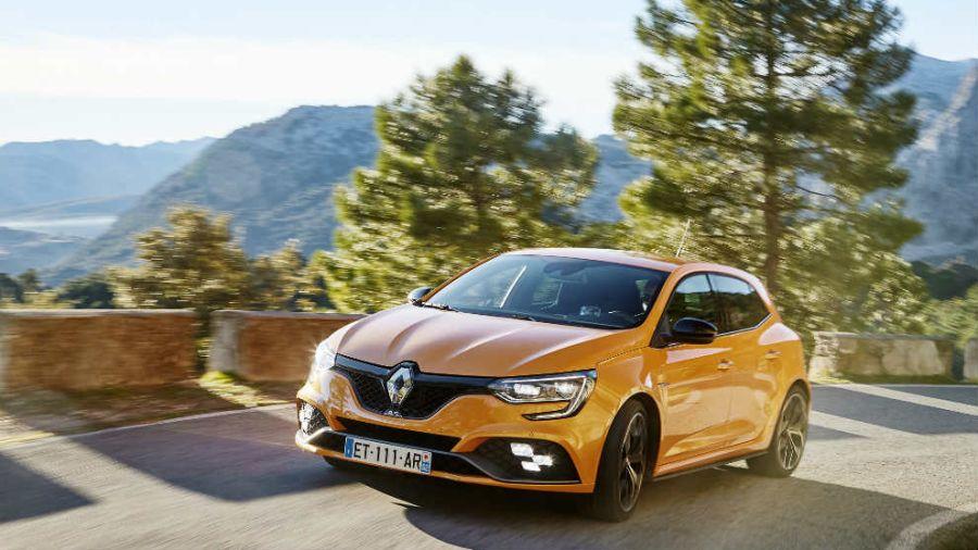 Renault_lanza_versi_56180429
