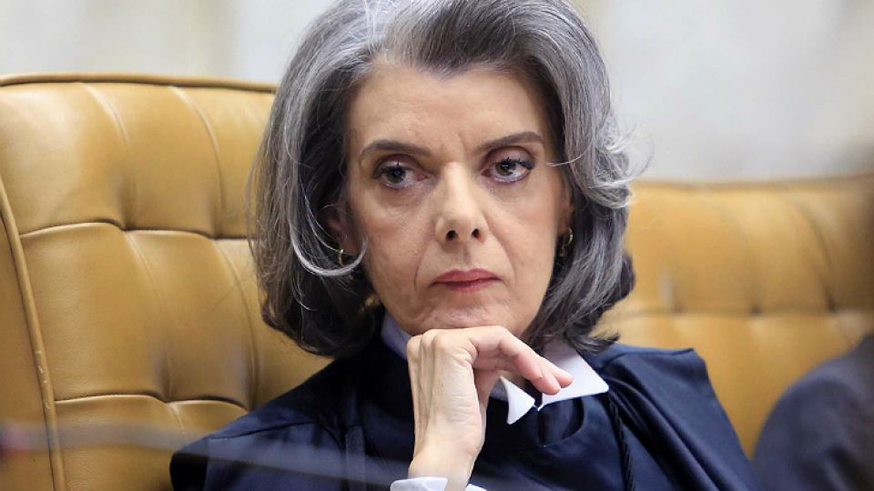 Cármen Lúcia Antunes Rocha, titular de la Corte de Brasil.