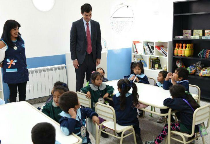 El gobernador salteño propone hacer un seguimiento de las niñas y jóvenes con riesgo a tener un embarazo adolescente.