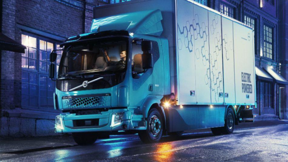 Limpio y silencioso, así es el primer camión eléctrico de Volvo Trucks
