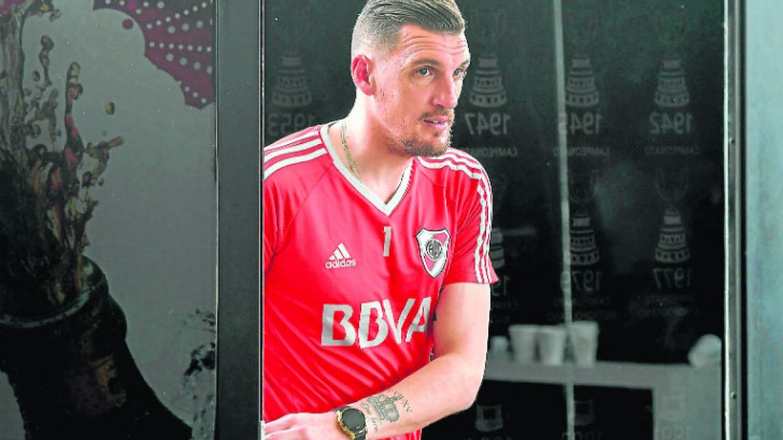 River Plate's paid US$3.8 million to bring scintillating shot-stopper Franco Armani back home to Argentina, after almost eight years of happy exile in Colombia.