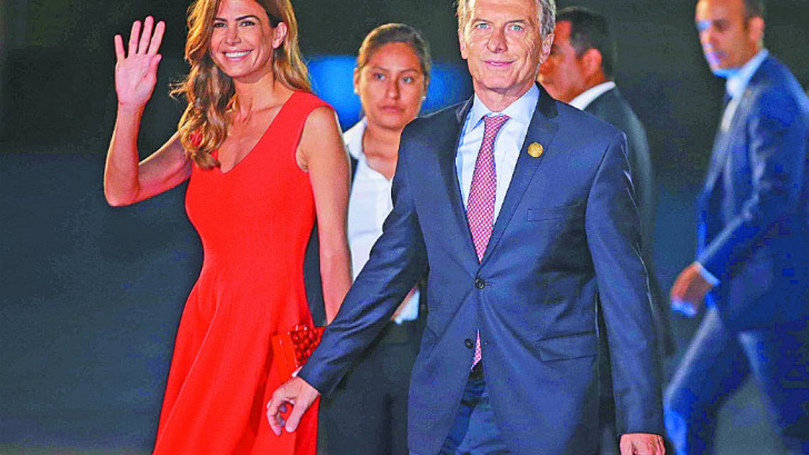 President Mauricio Macri and First Lady Juliana Awada arrive for the Summit of Americas inauguration ceremony.