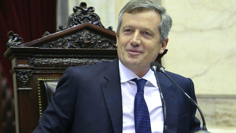 Monzó dio por cerrada la convotaria al mediodía, tra el pedido del diputado Olmedo.
