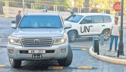 Control. El equipo de la Agencia de la ONU contra las armas químicas llega a Duma, donde el 7 de abril se denunció un supuesto ataque con cloro que provocó decenas de muertos.