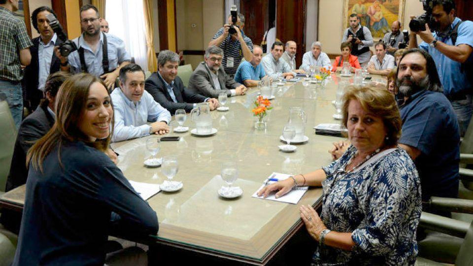 Imagen de archivo. El gobierno bonaerense y los gremios docentes del distrito volverán a sentarse en la mesa de negociación salarial.