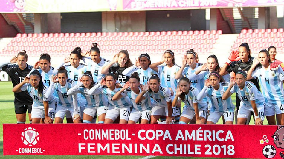 2104_seleccion_futbol_femenina_argentina_cafemchile_g.jpg