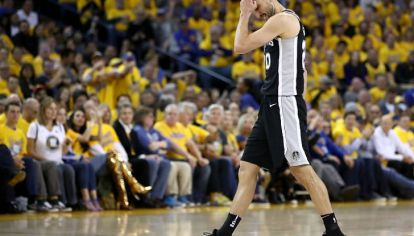 Ginóbili se va en el que puede haber sido su último partido en la NBA.