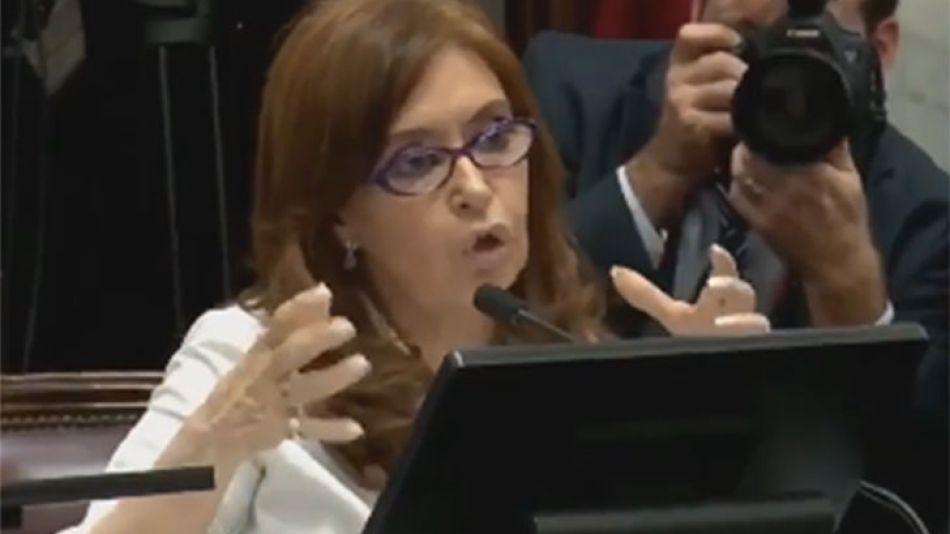 Cristina Ferández de Kirchner en el Senado de la Nación
