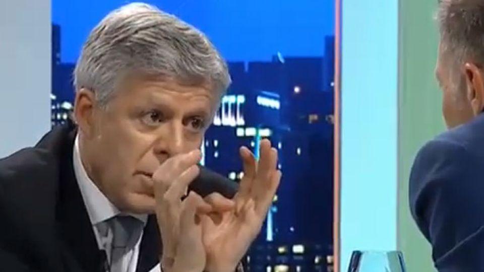 El doctor Daniel López Rosetti, con Fantino en Animales Sueltos.
