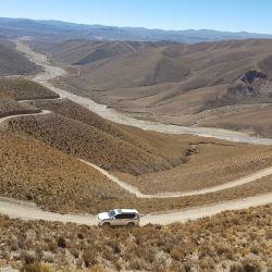La Caravana trepa el primer farallon detras Rio Granadas