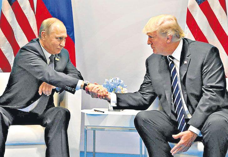 Amigos. Putin y Trump escenifican su buena química interpersonal, pero sus países están llamados sostener conflictos permanentes. No hay hoy un país hegemónico.