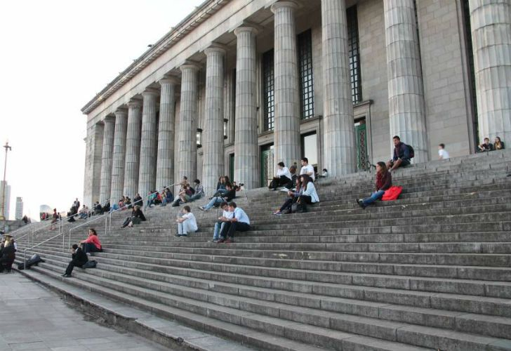La Ciudad Autónoma de Buenos Aires se ubicó entre las 25 mejores ciudades del mundo para que estudiantes extranjeros puedan desarrollar su vida académica.