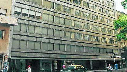 CHACABUCO 271. El edificio donde funcionó PERFIL 98 y en su vuelta hasta 2015.
