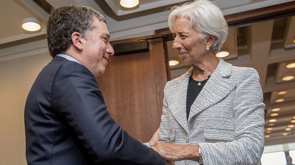 """Argentina's Treasurer Nicolás Dujovne with IMF chief Christine Lagarde during """"stand-by"""" financing negotiations in Washington, May 2018."""