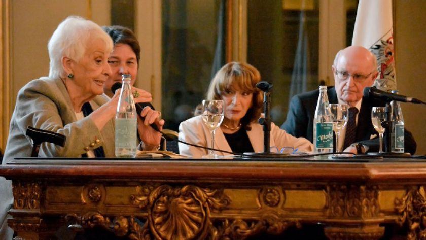 Magdalena Ruiz Guiñazú fue declarada Ciudadana Ilustre — Orgullo