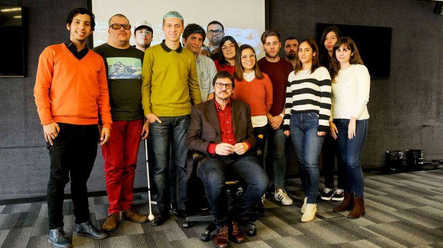 El historiador Felipe Pigna visitó a la escuela de Comunicación del Editorial Perfil