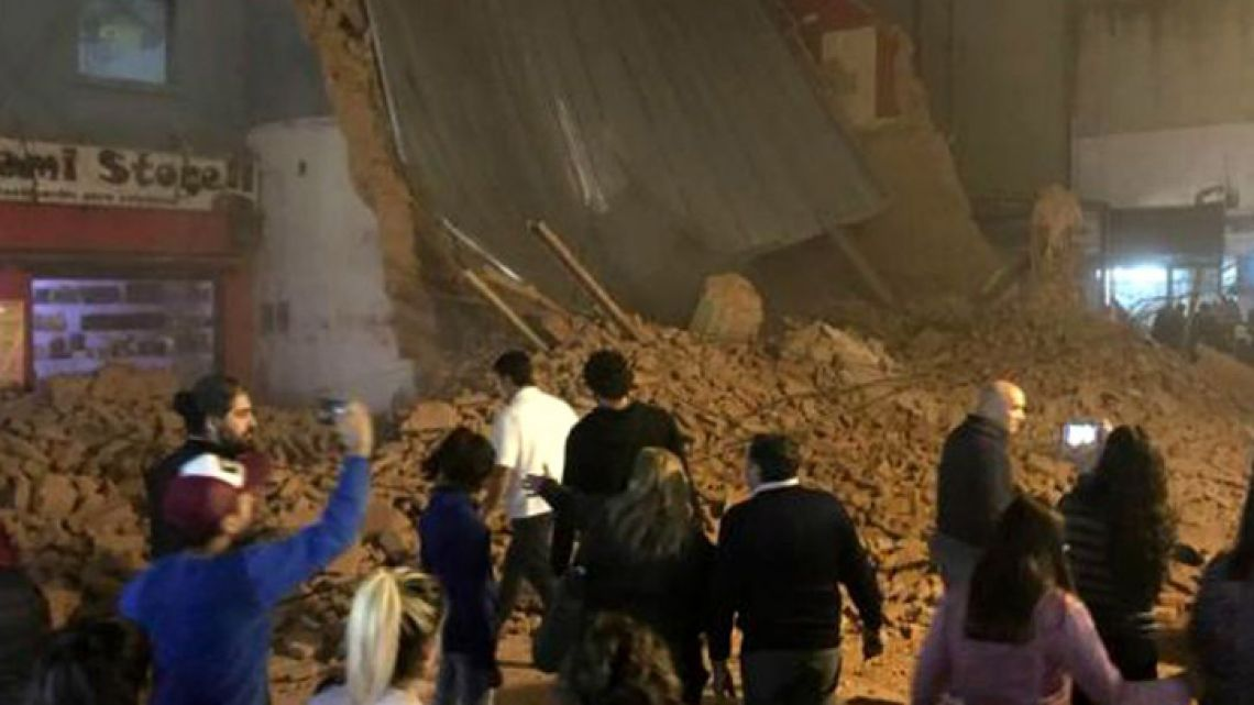 The Parravicini Teatro collapsed in San Miguel de Tucumán collapsed on Wednesday May 23, 2018.