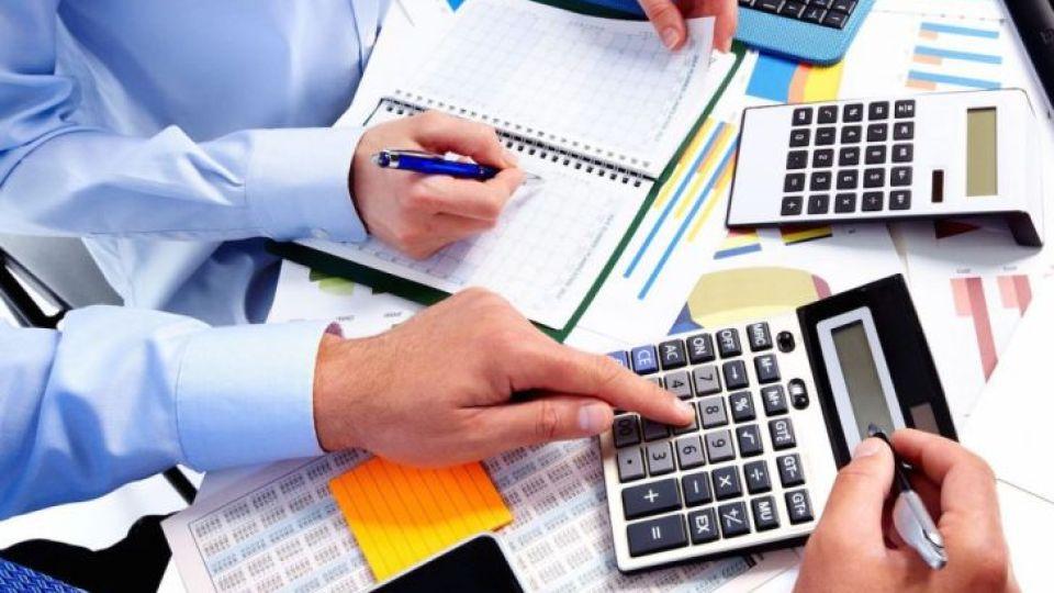 PRESION ALTA. En poco más de una década, la presión fiscal que la Provincia de Córdoba aplica a ciudadanos y empresas se incrementó considerablemente