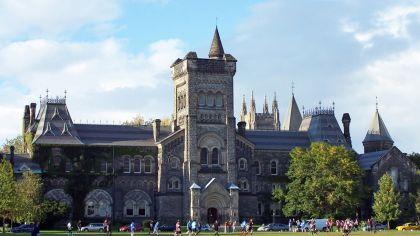 Universidad de Toronto, Canadá