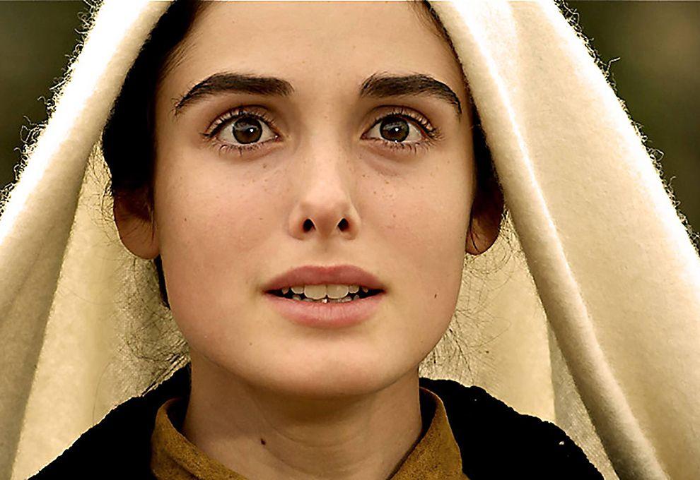 0629_Netflix_Miracle_In_Lourdes_g