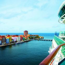Willemstad la colorida capital de Curazao