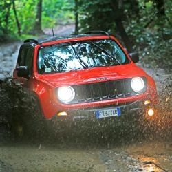 jeep-renegade-barro