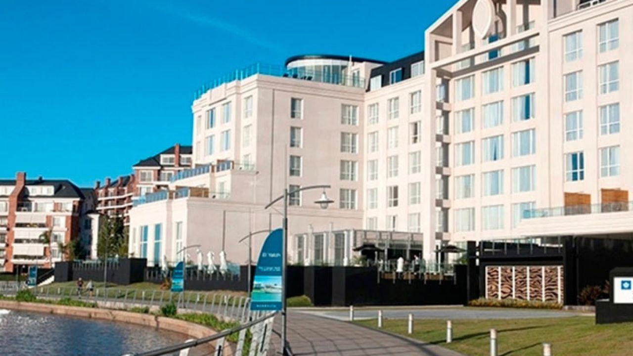 001-hotel
