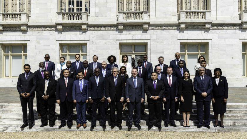 Venezuela renunció a la OEA, en medio de las negociaciones para suspenderla