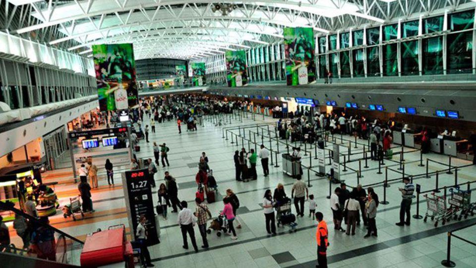 El Aeropuerto de Ezeiza era donde operaba la banda.