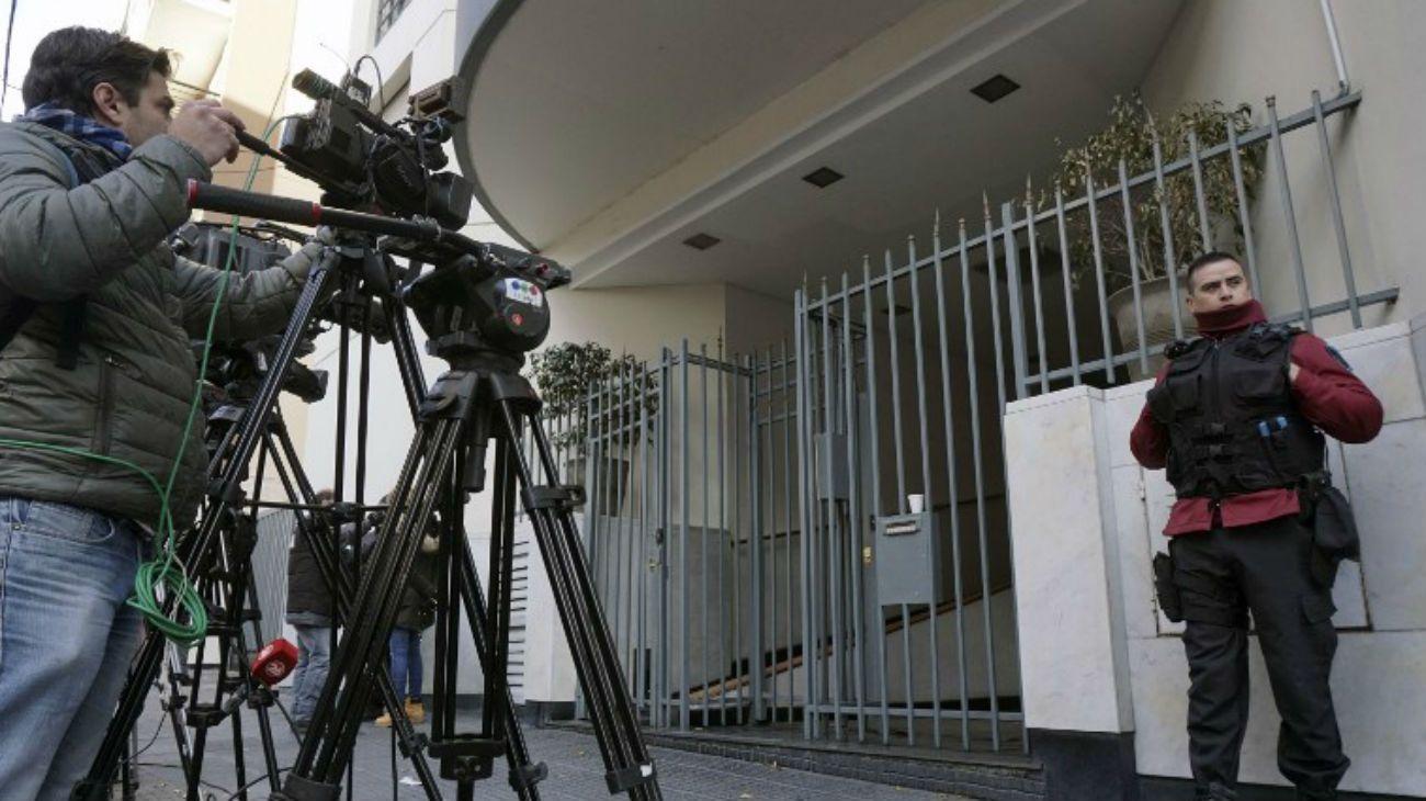 La joven de 33 años fue hallada sin vida en su departamento de Almagro.
