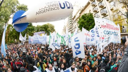 0609_docentes_marcha_uda_agenciana_g.jpg