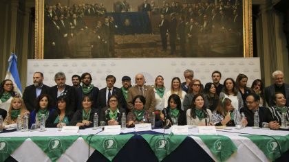 debate aborto discusion legisladores 20180609
