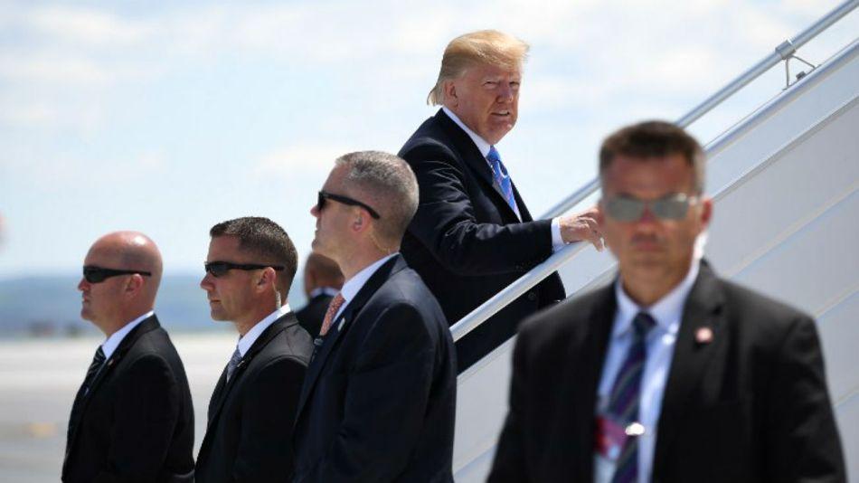 Trump se fue de Canadá haciendo un escándalo.