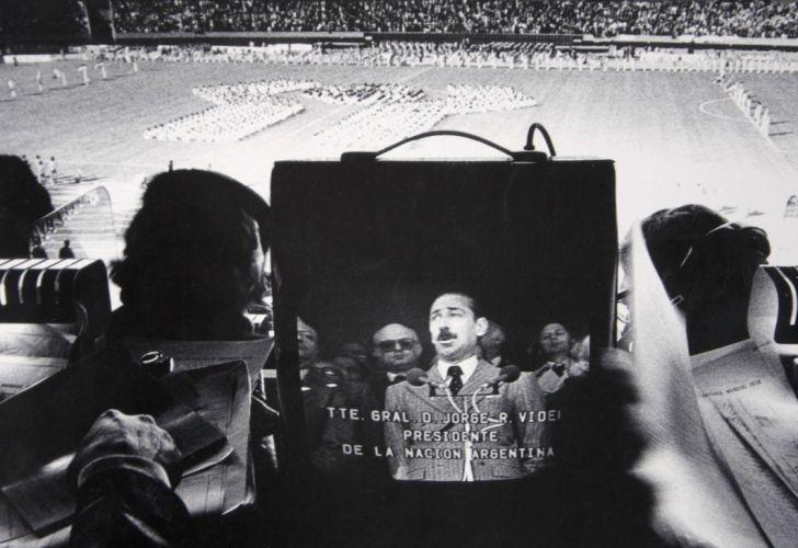 Tiren papelitos. El Mundial '78 entre la fiesta y el horror.